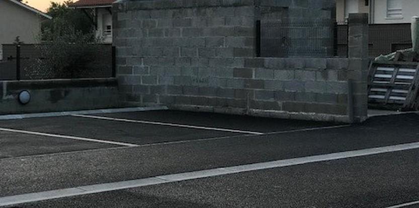 création de parking privé en enrobé à Mios